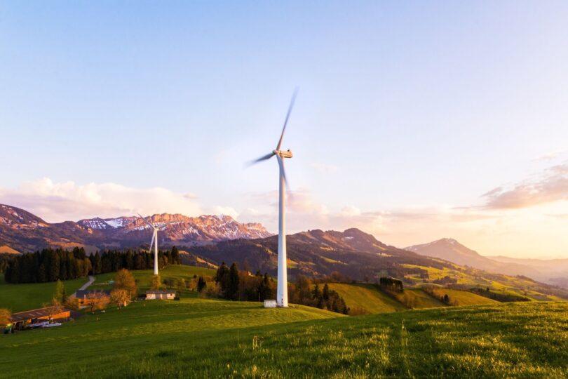 Sustainable wind turbine